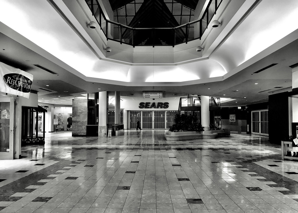 3 Lessons Learned by Mall Walking